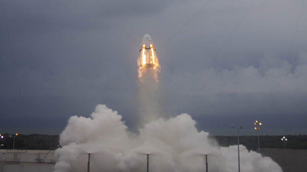 NASA anuncia que SpaceX llevará humanos al espacio en abril de 2019