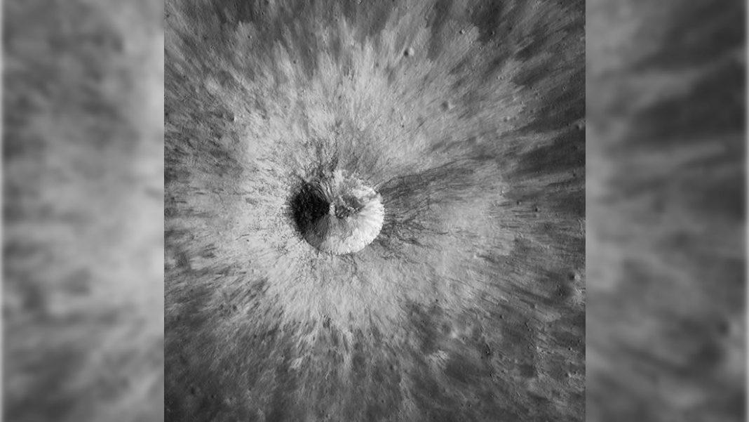 Esta imagen de la Luna de la NASA te sorprenderá