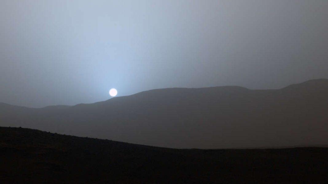 ¿Por qué los atardeceres de Marte son azules?
