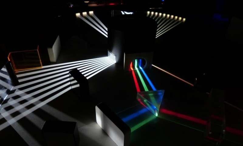 Físicos construyen una máquina que rompe las reglas normales de la luz