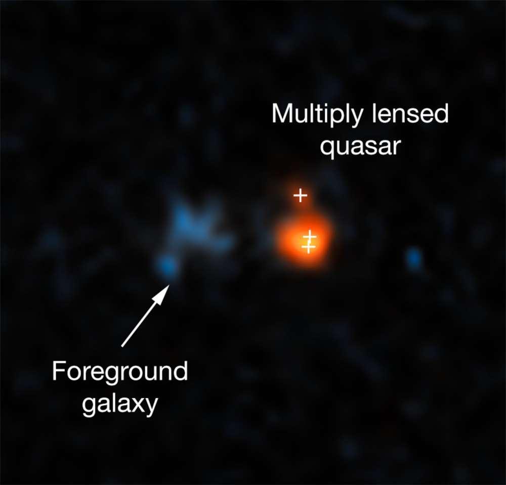 Esta imagen muestra el quásar distante J043947.08+163415.7 tal como se observó con el telescopio espacial Hubble de la NASA / ESA
