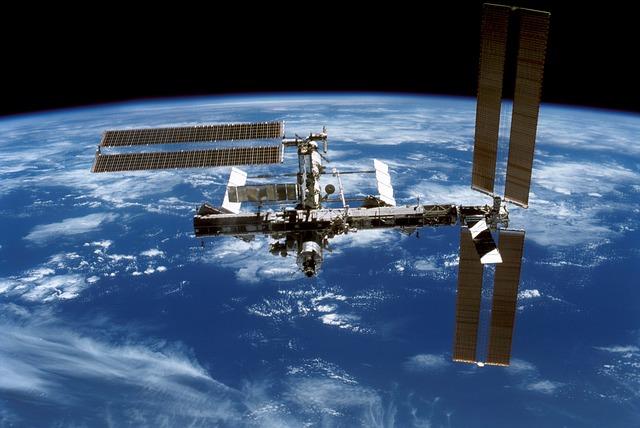 Superbacterias han colonizado la Estación Espacial Internacional
