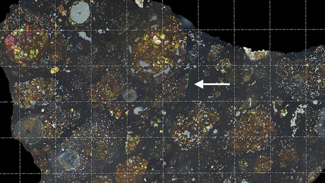 Hallan fragmento de un cometa dentro de un meteorito