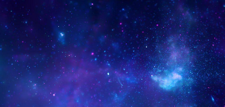 Los datos del observatorio de rayos X Chandra de la NASA revelan la región central de la Vía Láctea. Los rayos X de Chandra (azul y violeta) revelan que el gas se ha calentado a millones de grados por las explosiones estelares y las salidas del agujero negro supermasivo de la Vía Láctea