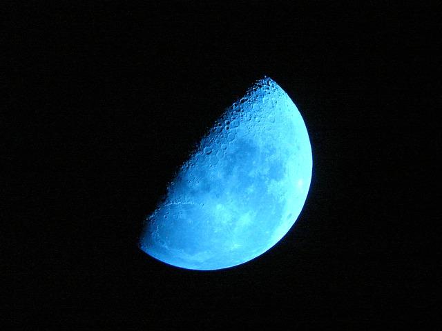 La formación de la Luna trajo agua a la Tierra