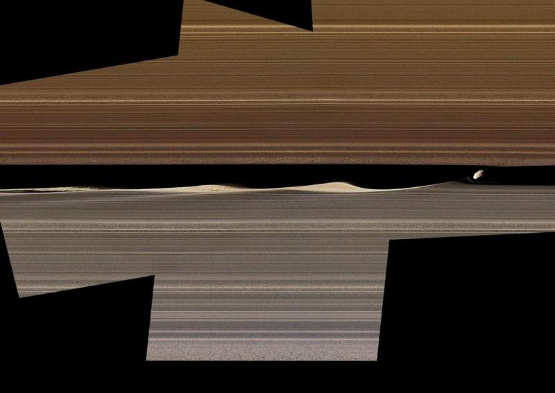 Un mosaico de imágenes en color falso muestra a Daphnis, una de las lunas con anillos incrustados de Saturno, y las ondas que levanta en la brecha de Keeler. Las imágenes recopiladas por las órbitas cercanas de Cassini en 2017 ofrecen nuevas perspectivas sobre el complejo funcionamiento de los anillos