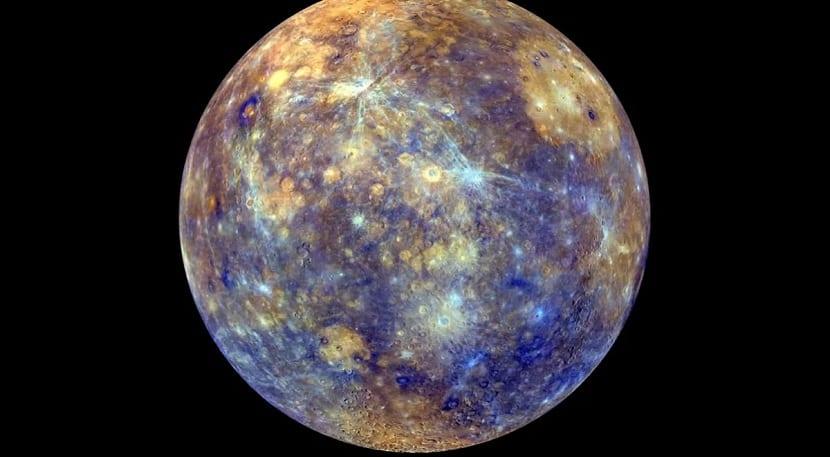 Mercurio y la Luna podrían tener más agua de lo que se pensaba anteriormente